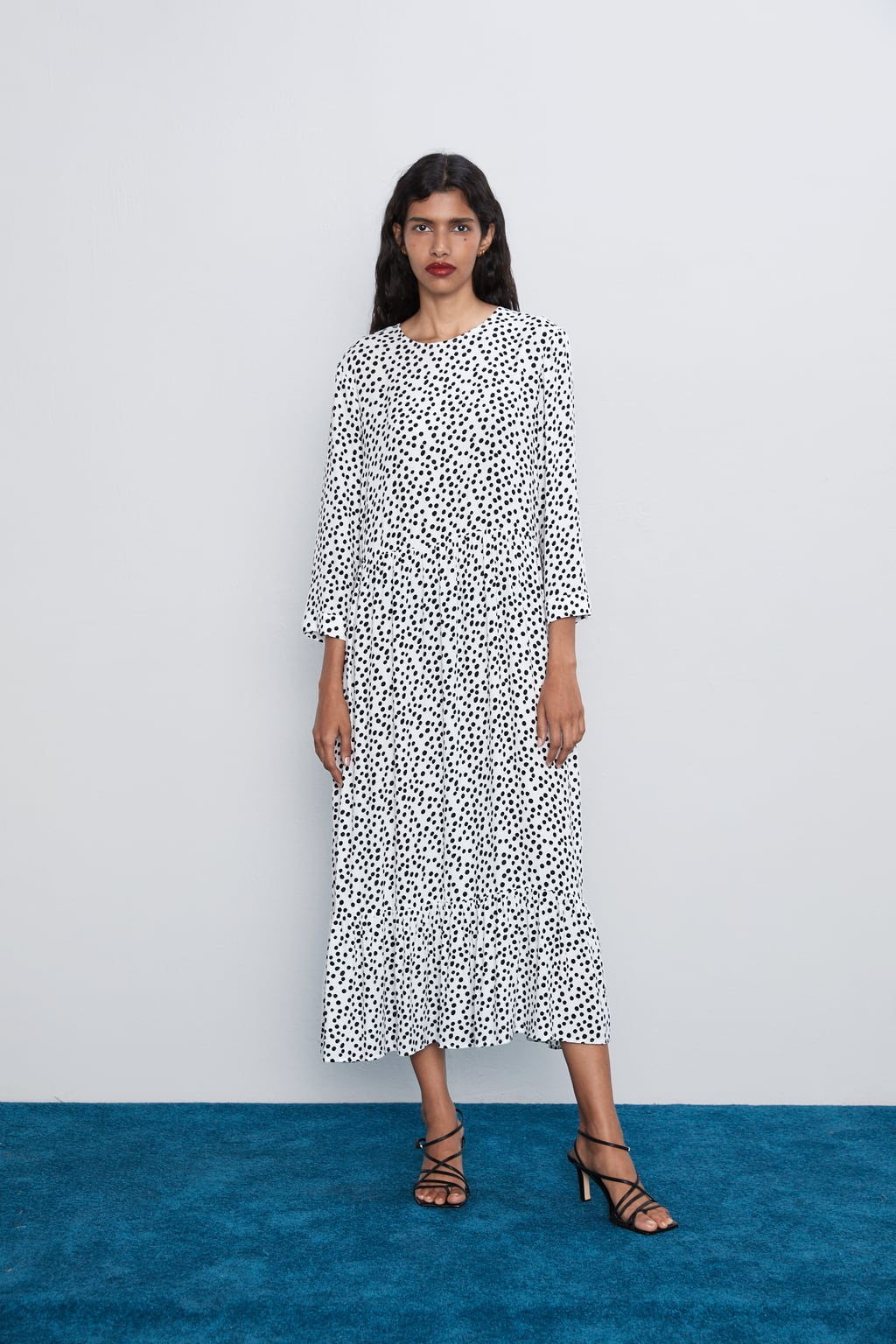 tendenze moda polka dot midi dress Zara - Shoppics.com