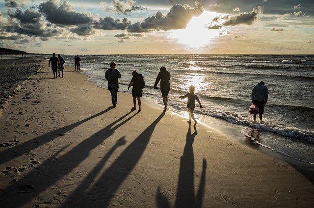Come organizzare vacanze economiche per famiglie numerose